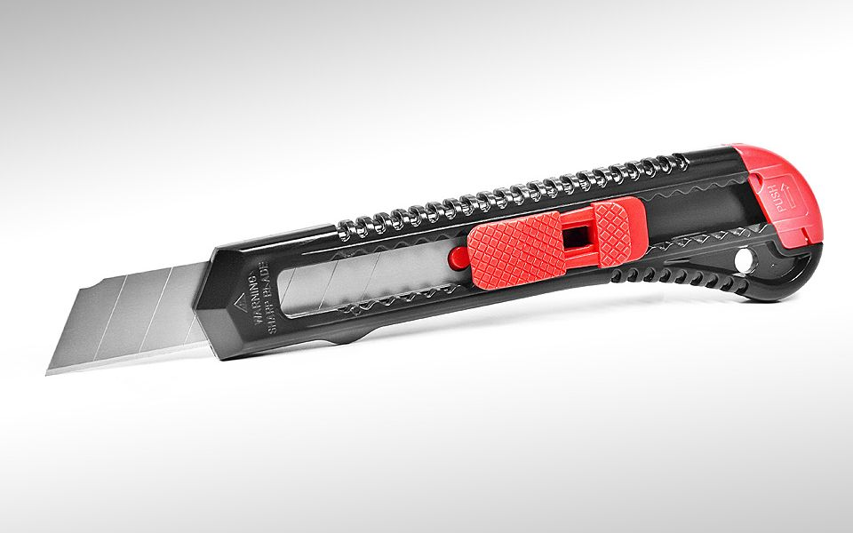 Нож сегментный 18 мм,145 мм