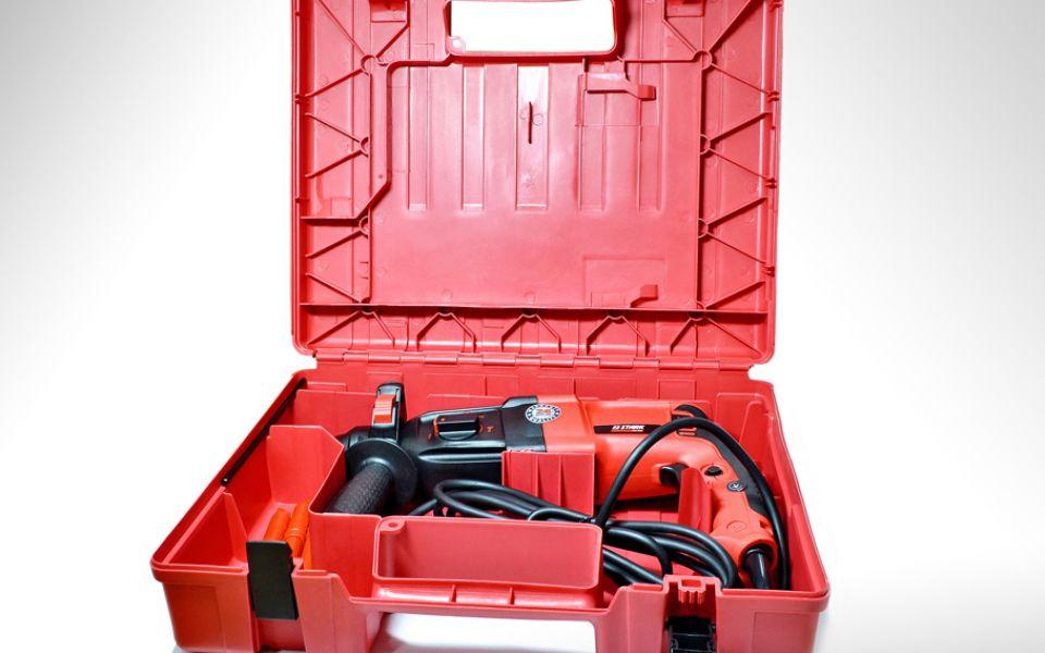 Перфоратор Stark RH 950 + чемодан + аксессуары